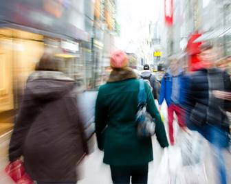 Titelbild der Studie E-Commerce-Strategien für den mittelständischen Einzelhandel